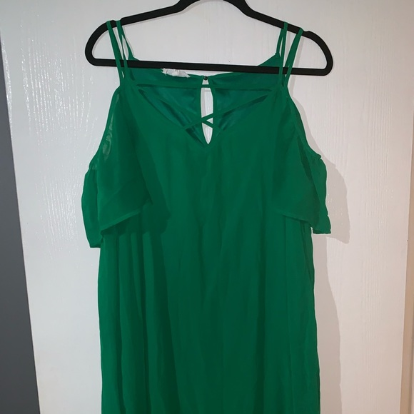 Maurices Dresses & Skirts - GREEN Maurice's off the shoulder dress!